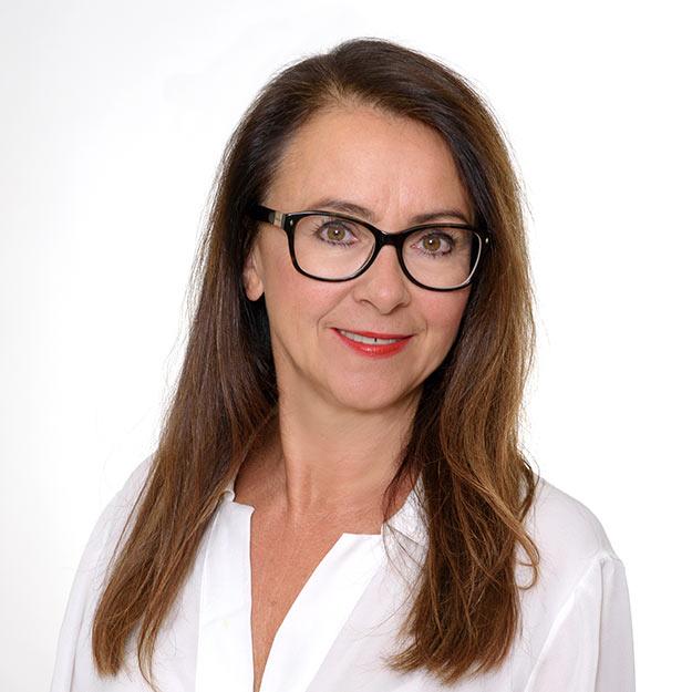 Anna Drzewicka - mgr pedagogiki wczesnoszkolnej i przedszkolnej, nauczyciel  dyplomowany, licencjonowany trener szybkiego czytania i technik pamięciowych - Edukator Zamość