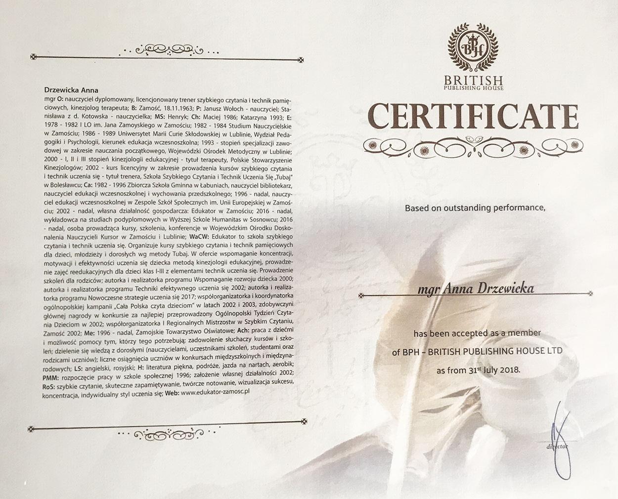 """Certyfikat potwierdzający wpis do """"Encyklopedii Osobistości Rzeczypospolitej Polskiej"""" /></p> <p>  Certyfikat potwierdzający wpis do """"Encyklopedii Osobistości Rzeczypospolitej Polskiej"""" publikowanej przez BPH – British Publishing House ,wydanie IV. Włączenie do grona Britishpedia</p> <h2>Metoda TUBAJ</h2> <p>Czytanie stanowi podstawę wszelkiego kształcenia, jak również funkcjonowania na odpowiednio wysokim poziomie intelektualnym każdego człowieka bez względu na wiek.</p> <p>Większość ludzi czyta w tempie od 150 do 250 słów na minutę. Nie jest to tempo """"naturalne"""", gdyż czytamy, popełniając wiele błędów i mając złe nawyki i przekonania czytelnicze. Powinniśmy czytać w tempie 800 do 1200 słów na minutę.</p> <p>Dlatego tak ważne jest wypracowanie takiej techniki czytania, która byłaby jak najbardziej efektywna, to znaczy, żeby przyswajanie informacji odbywało się w sposób jak najpełniejszy, w jak najkrótszym czasie, a to równocześnie podniesie stopień rozumienia czytanego tekstu.</p> <p>Umiejętność szybkiego czytania uzupełniona wieloma ćwiczeniami rozwijającymi nasz umysł i właściwymi <strong>technikami uczenia się</strong> skraca czas nauki minimum trzykrotnie, uczenie się sprawia przyjemność, nie jest stresujące, a wiadomości i nabyte umiejętności są trwałe i mogą być wykorzystywane w różnych sferach naszego życia.</p> <p>Na <strong>kursach szybkiego czytania</strong> prowadzonych przez wysoko wykwalifikowaną kadrę w Szkole Szybkiego Czytania i Technik Uczenia Się """"TUBAJ"""", która swoją siedzibę ma w Bolesławcu, a sieć oddziałów na terenie całego kraju, nauczyć się można nie tylko szybkiego czytania i podstawowych technik uczenia się, ale również sztuki koncentracji i relaksacji, radzenia sobie ze stresem, nielinearnego sposobu notowania (Mapy Myśli). Na zajęciach rozwijana jest też wyobraźnia, szybkość i dokładność percepcji oraz pamięć słuchowa i wzrokowa (""""fotograficzna"""").</p> <p>Jak skuteczne są metody stosowane na tych kursach, świadczy chociażby fakt, że na III"""